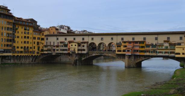 Tiltas1